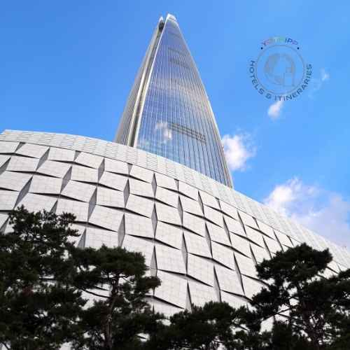 Lotte World Tower in Seoul: Free Entry with Discover Seoul Passes